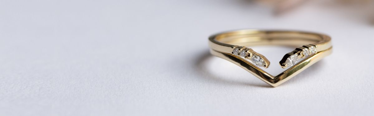 Stacking rings - Wedding Bands that fit your Engagement Ring
