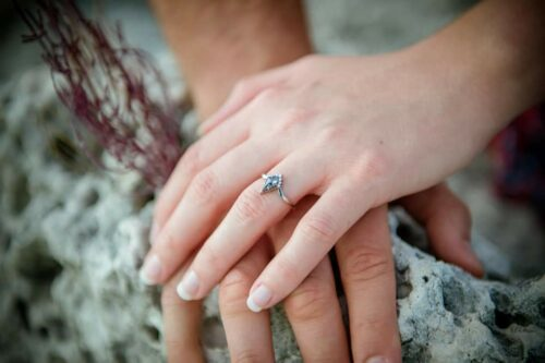 V-Shaped Kite Salt and Pepper Diamond Engagement Ring Set with Open Marquise Diamond Wedding Band photo review