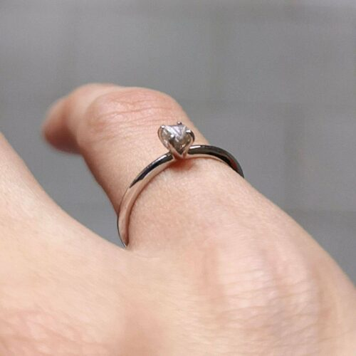 Nicky Grey Rough Diamond Gold Ring photo review